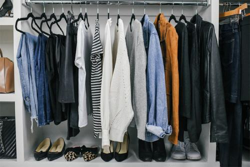 Creating a Timeless Capsule Wardrobe to Last Many Seasons